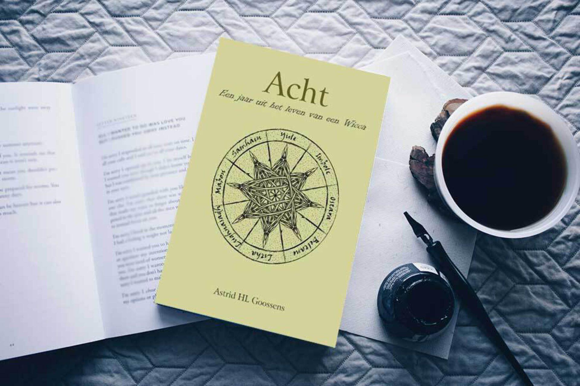 Boekreview: Acht, een jaar uit het leven van een Wicca