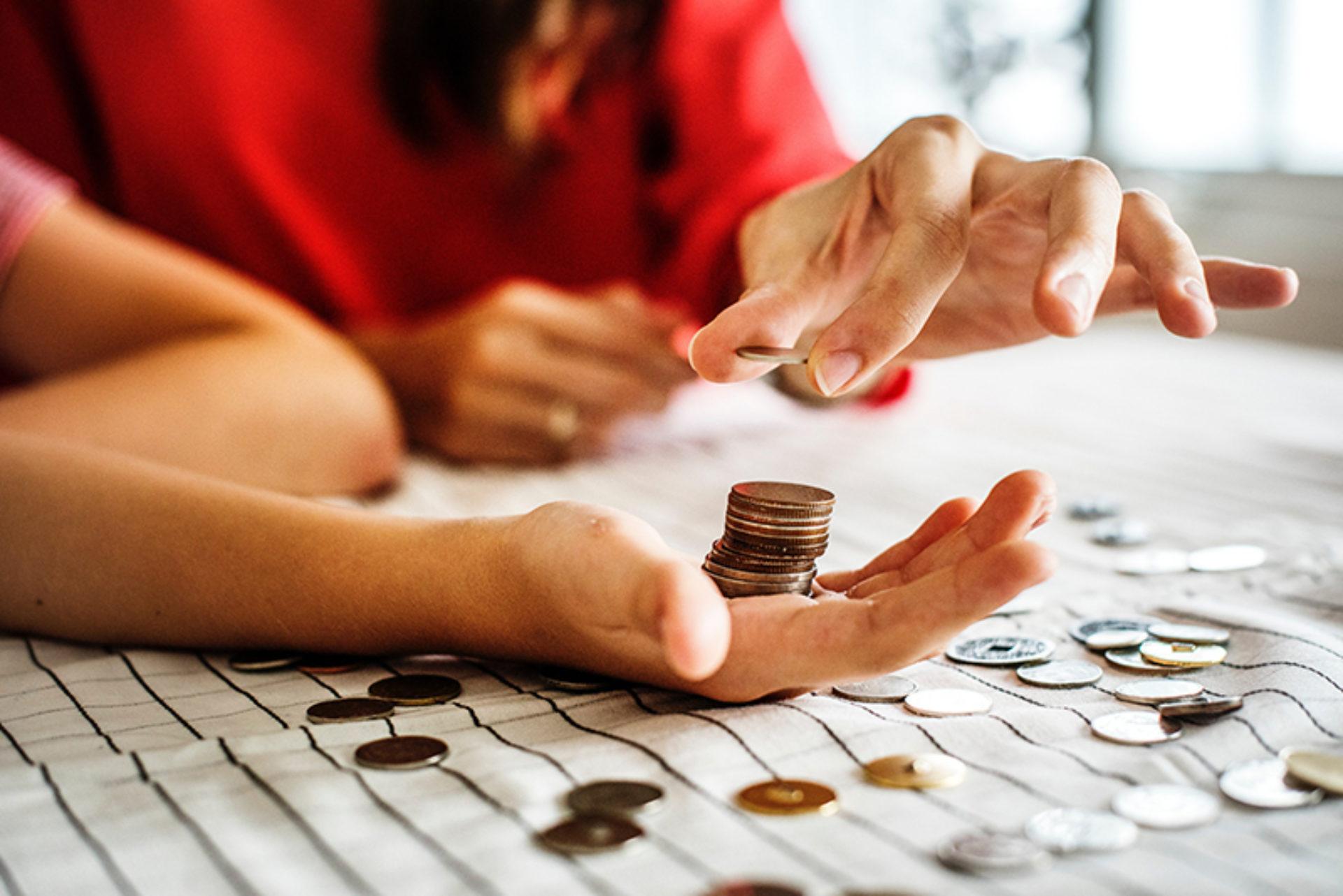 Hoe gaat jouw sterrenbeeld om met geld?