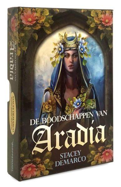 De-boodschappen-van-Aradia-Stacey-Demarco-9789085082170-doos-orakelkaarten-Bloom-web