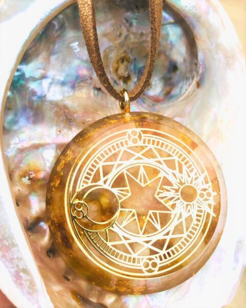 Edelsteen ketting Celestial Golden Sun Bloom Web 2
