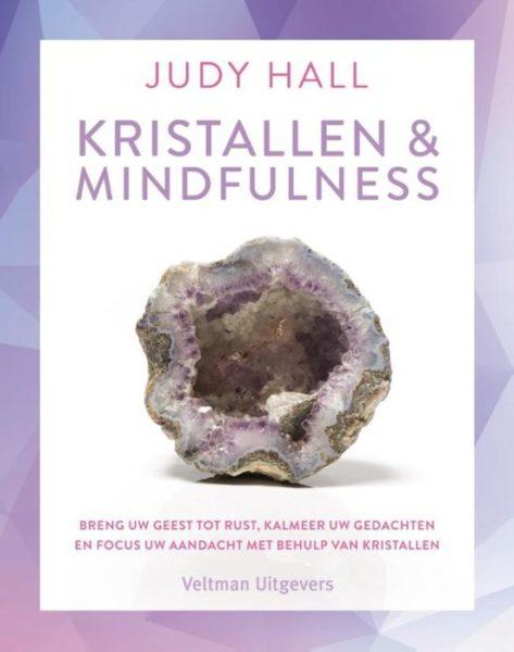Kristallen en mindfulness Judy Hall 9789048315710 boek Bloom web