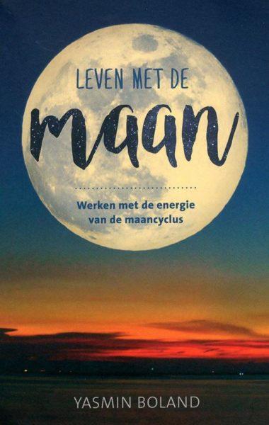 Leven met de maan Yasmin Boland 9789020213102 boek Bloom web