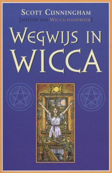 Wegwijs in Wicca 9789075145601 Scott Cunningham Bloom Web